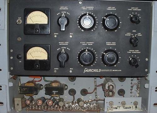 Fairchild_670_Front_Bottom_Open_500